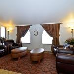 Photo of BEST WESTERN West Hills Inn