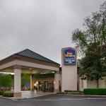 Photo of Best Western Southlake Inn