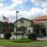 BEST WESTERN Albany Mall Inn & Suites