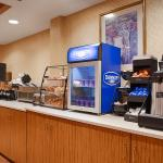 Foto de BEST WESTERN Crown Inn & Suites