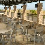 Outdoor Terrace - Seating
