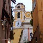 Vista desde la calle de L'église.
