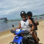 Sur la plage a Sandy Bay