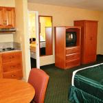 Photo of Americas Best Value Inn Villa Motel