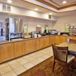 CountryInn&Suites McDonough  BreakfastRoom