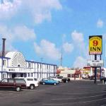 National 9 Inn Casper Showboat Motel