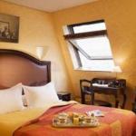 Photo de Hotel Royal Saint Germain