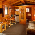 Single Queen Cabin with Kitchenette