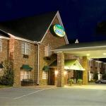 Photo of Mountain Inn & Suites
