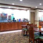 Photo of Country Inn & Suites By Carlson, Emporia