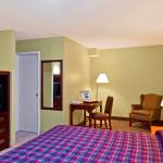 Photo of Canadas Best Value Inn-Burlington/Hamilton