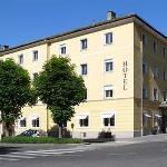 Photo de Hotel Hofwirt Salzburg