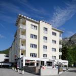 Hotel Laudinella Aussenansicht Sommer