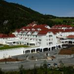Photo of Dr. Holms Hotel