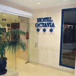 Photo de Hotel Octavia