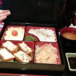 Boîte bento: saumon panè fourré au fromage