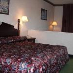 Deluxe Inn & Suites, Greenwood