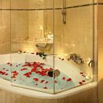 Bathroom - wedding set up