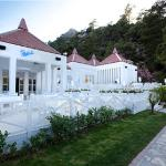 Hillside Beach Club resmi