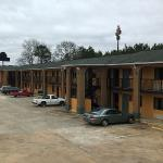 Photo de Garden Inn and Suites