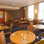 Foto de Premier Inn Swansea City Centre Hotel