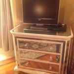 Sanibel - TV and dresser