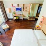 Photo of BONNOX Boardinghouse & Hotel