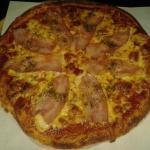 ภาพถ่ายของ Pizza House by Somprasong guesthouse