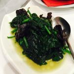 Sauté spinach and wood ear mushroom. Good veggies can be found here.