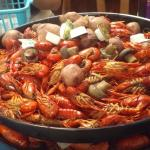 10 pounds of crawfish!  I accidentally forgot to put this in my review... :-)