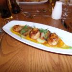 Starter: Scallops & Belly Pork