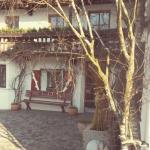 Frühlingsbeginn in Sigwarts' Tiroler Weinstuben
