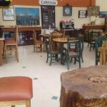@CoffeeAcademyEc: renovamos incluimos los troncos y esta linda coffee shop de nuestra Universida