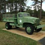 U.S. Chevrolet 1 1/2 ton 4-wheel drive cargo truck; 1940-1945.