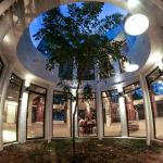 Lindung Gallery Restaurant