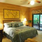 Master Suite-King Size Bed