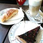 Coffer, croissant and cake
