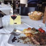 Good food,good wine !