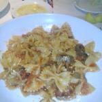 Farfelle with arrabiata sauce