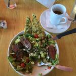 Flat steak salad