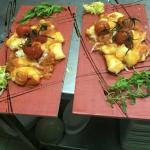 Gnocchetti ripieni di mozzarella con pomodorini e basilico