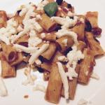 Pasta with tomato & aubergine
