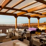 Photo de Ribeira D'Ilhas Surf Restaurant & Bar
