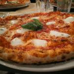 Double Zero 00 Neapolitan Pizza