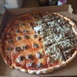 Another awesome Sammys pizza!! Looks & taste identical to the original owners. Beef, sausage, cr