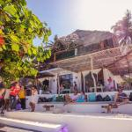 Mr Kahawa - Paje's premier beachfront cafe