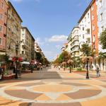 Within walking distance: Vitoshka Boulevard