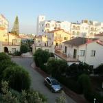 Вид с балкона на территорию отеля