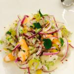 Witvis gegaard en limoensap met garnalen