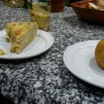 Figón y tortilla de gulas